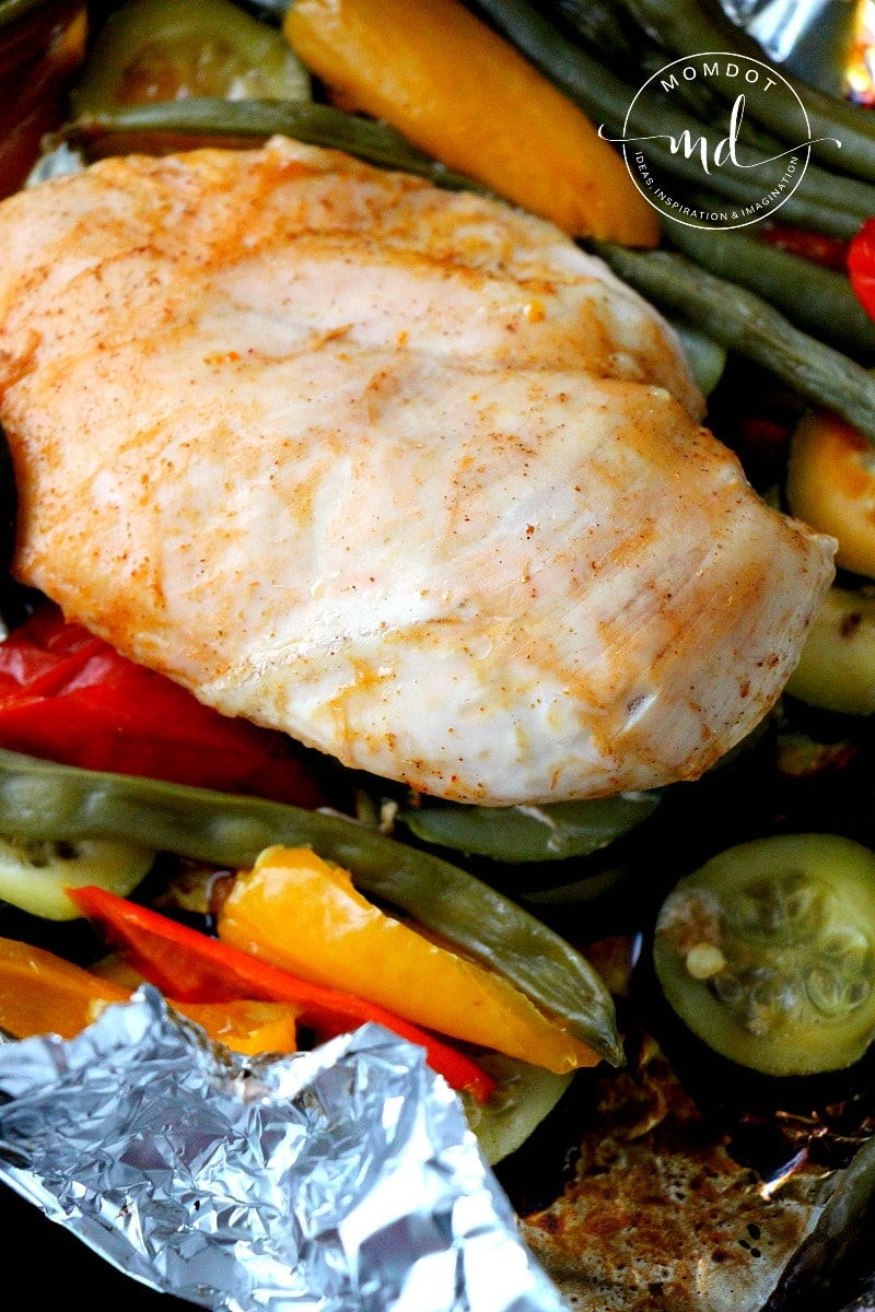 BBQ Foil Pack Chicken, healthy chicken loaded with Veggies and grilled (or baked), 30 minute recipe with NO PAN~