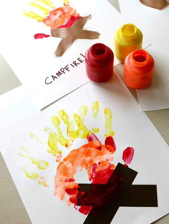 10+ HALLOWEEN Hand Print and Foot Print Crafts | Halloween DIY craft with Kids. Hand and Foot Print Canvas