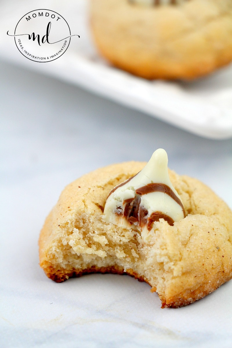 Snickerdoodle Hershey Kiss Cookie Recipe, Soft Chewy and Delicious Snickerdoodle Cookies! PERFECT for #christmasCookies