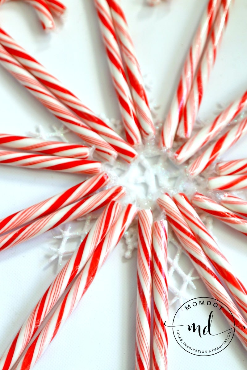 candy cane wreath form