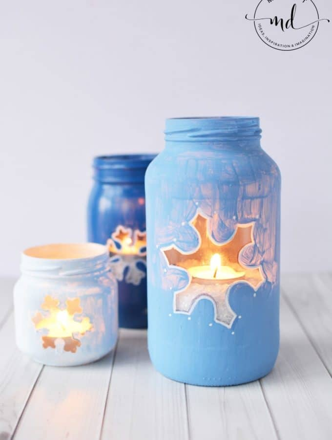 Snowflake Mason Jar DIY : Christmas Mason Jar Tutorial