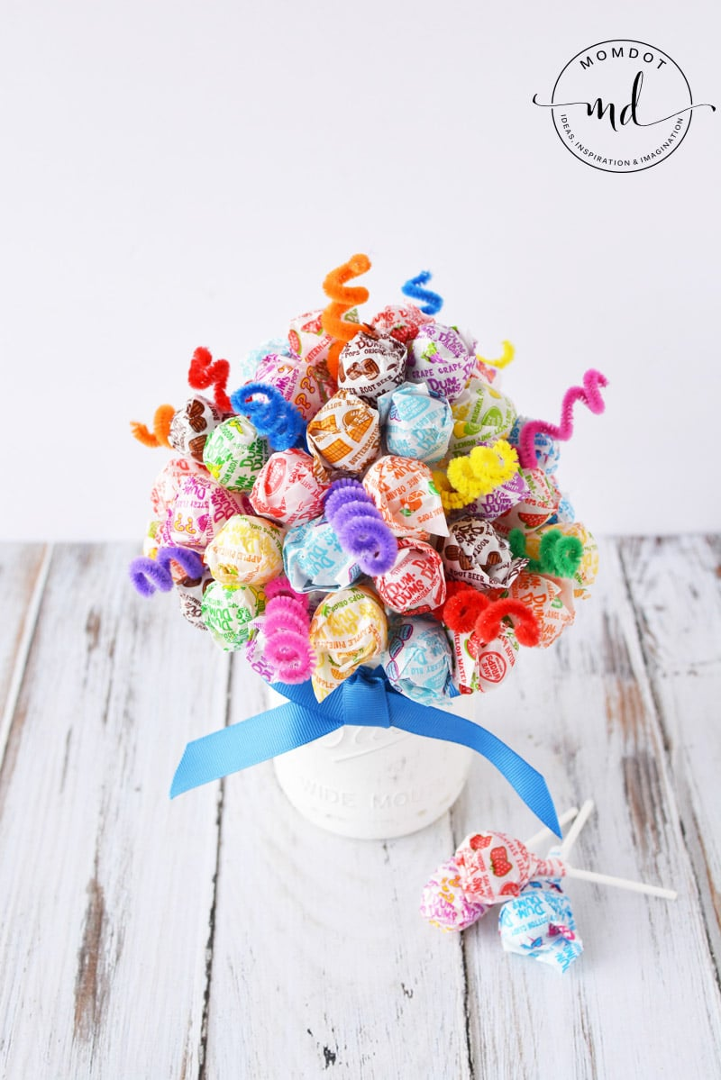 Candy bouquet lollipop dum sucker diy centerpiece candy bouquet diy izmirmasajfo Choice Image