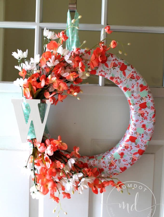 Easy DIY Spring Wreath: Enjoy The Warmer Weather in Style